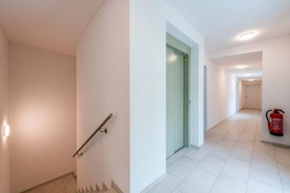 Gallery-MFH-Bueron-42-Treppenhaus